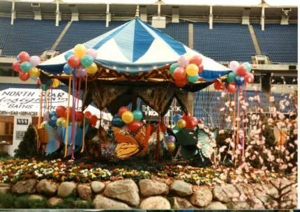 butterfly ride w balloons e